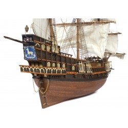Golden Hind  12003 Occre